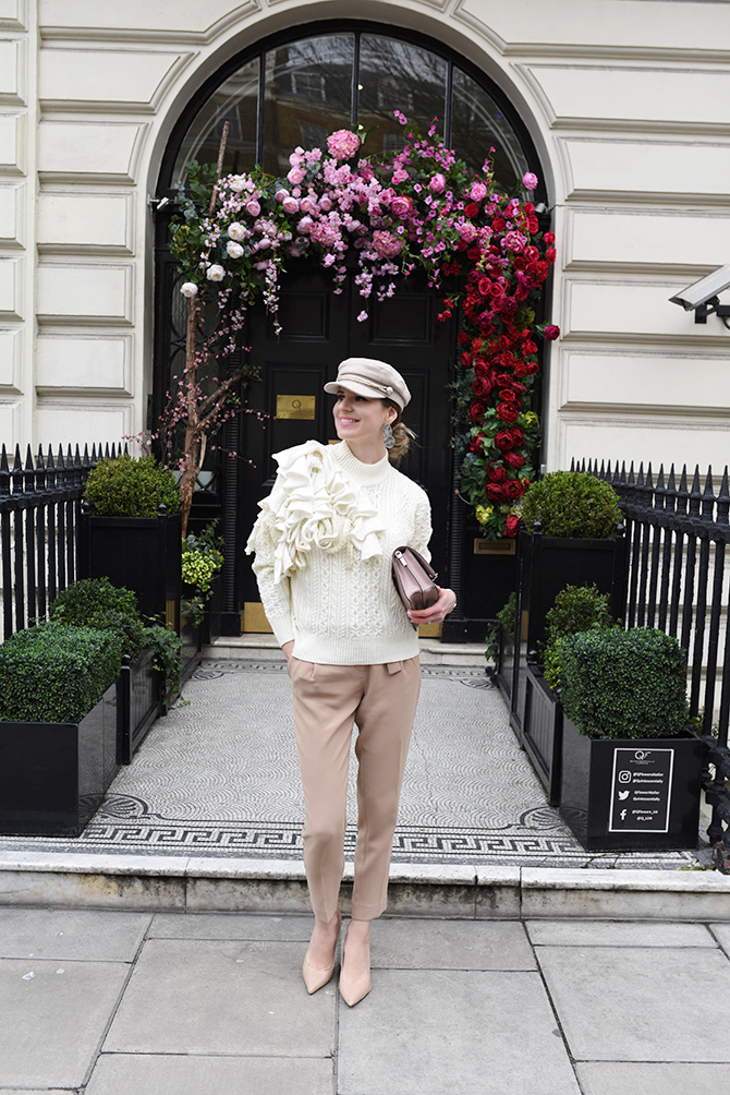 karl-lagerfeld-signature-bag-fashion-blogger-london-spring-trends-3