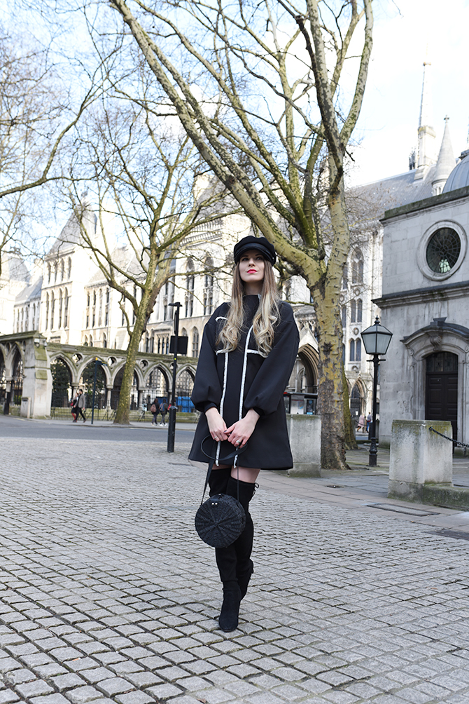 london-fashion-week-2018-streetstyle-stuart-weitzman-highland-boots-4