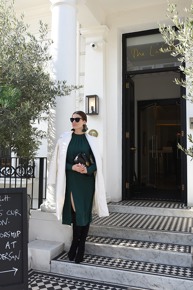 how-to-wear-emerald-green-gucci-marmont-bag-2