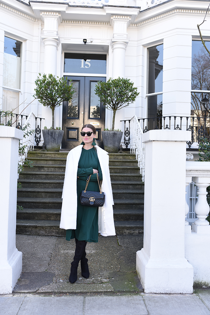 how-to-wear-emerald-green-gucci-marmont-bag-3