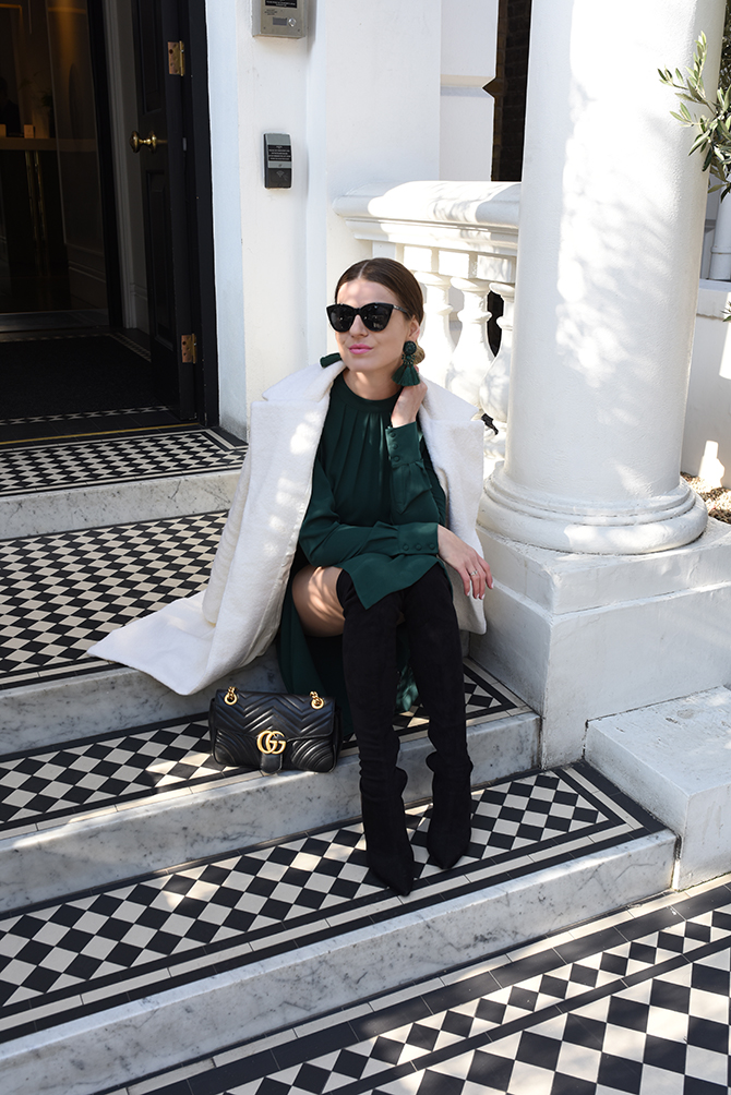 how-to-wear-emerald-green-gucci-marmont-bag-fashion-blogger-london