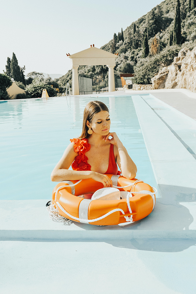 3d-flower-swimsuit-asos-fashion-blogger