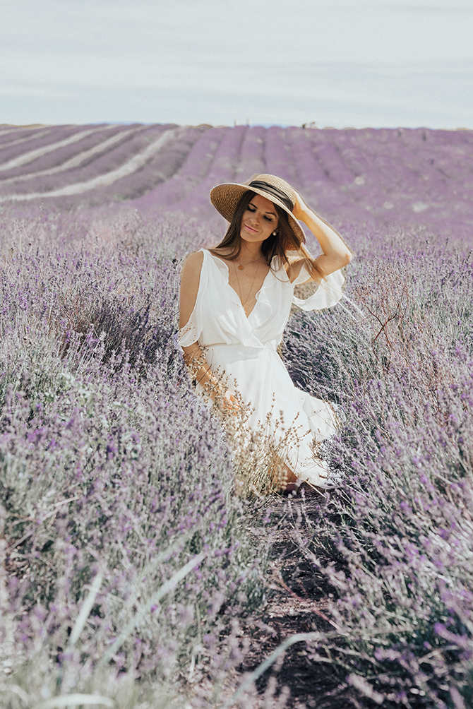 lavender-field-london-most-instagrammable-photoshoot-fashion-blogger-5