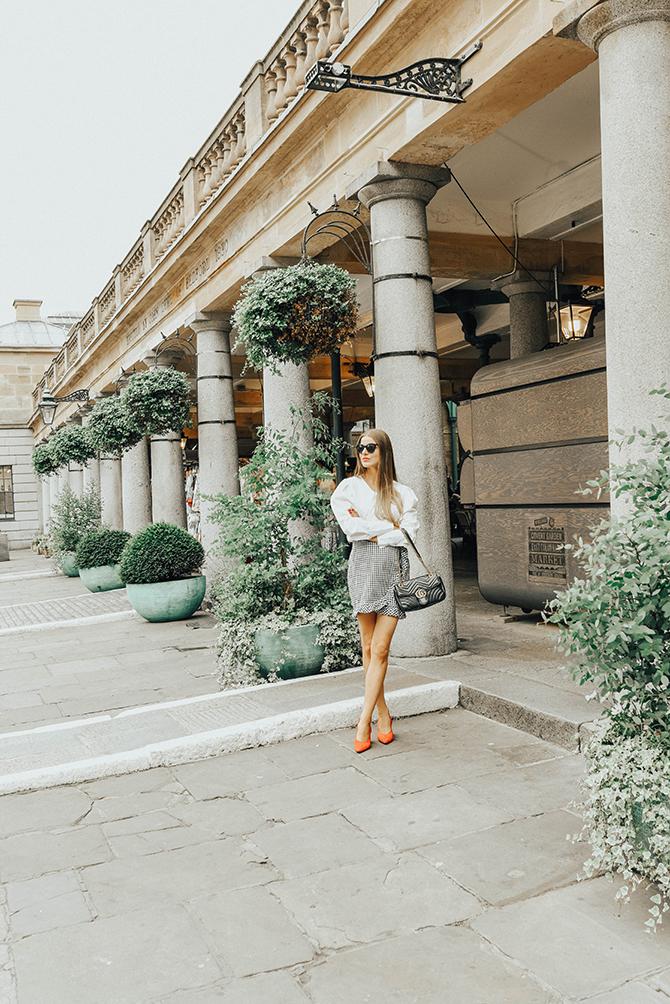 how-to-wear-mini-skirt-power-shoulder-blouse-fashion-blogger-london-3