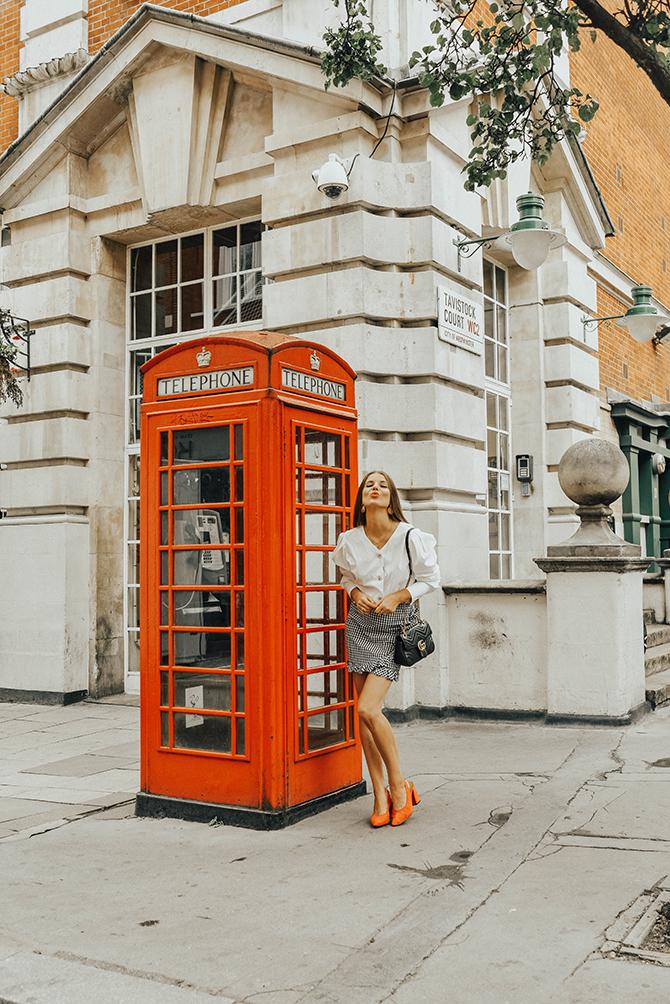 how-to-wear-mini-skirt-power-shoulder-blouse-fashion-blogger-london-6