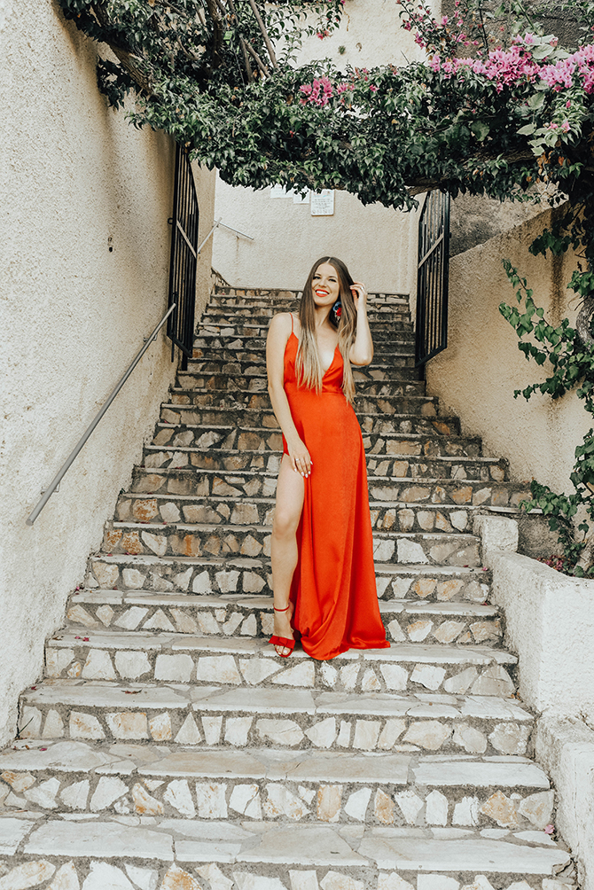 red-maxi-dress-pretty-little-thing-greece-holiday-3