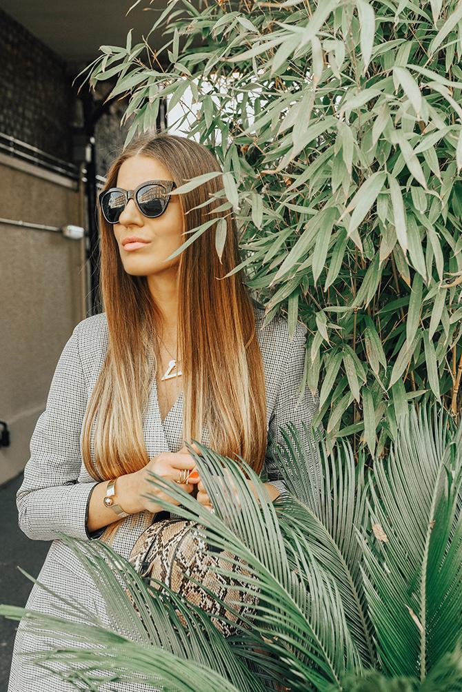 check-blazer-dress-snake-handbag-fashion-blogger-london-6