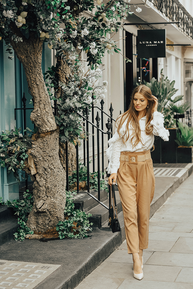 how-to-wear-autumn-neutrals-fashion-blogger-london-gucci-bag-topshop-blouse-3