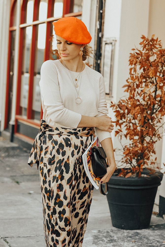 the-white-company-cashmere-knit-sweater-leopard-skirt-fashion-blogger-london-4