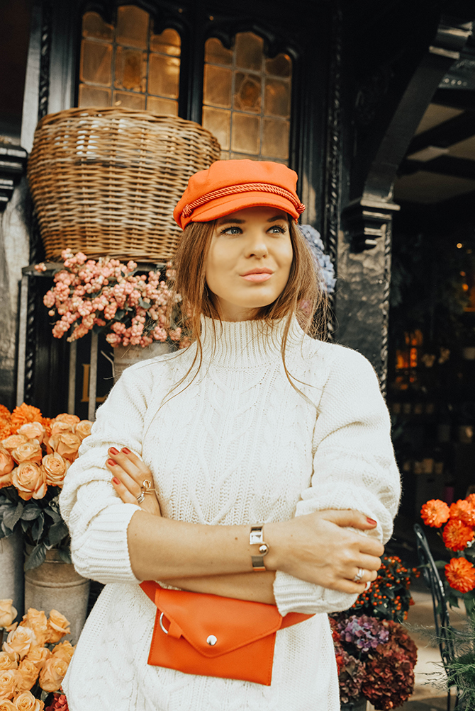 cable-knit-jumper-10store-fashion-blogger-london-leopard-skirt-red-belt-bag-captain-hat-3