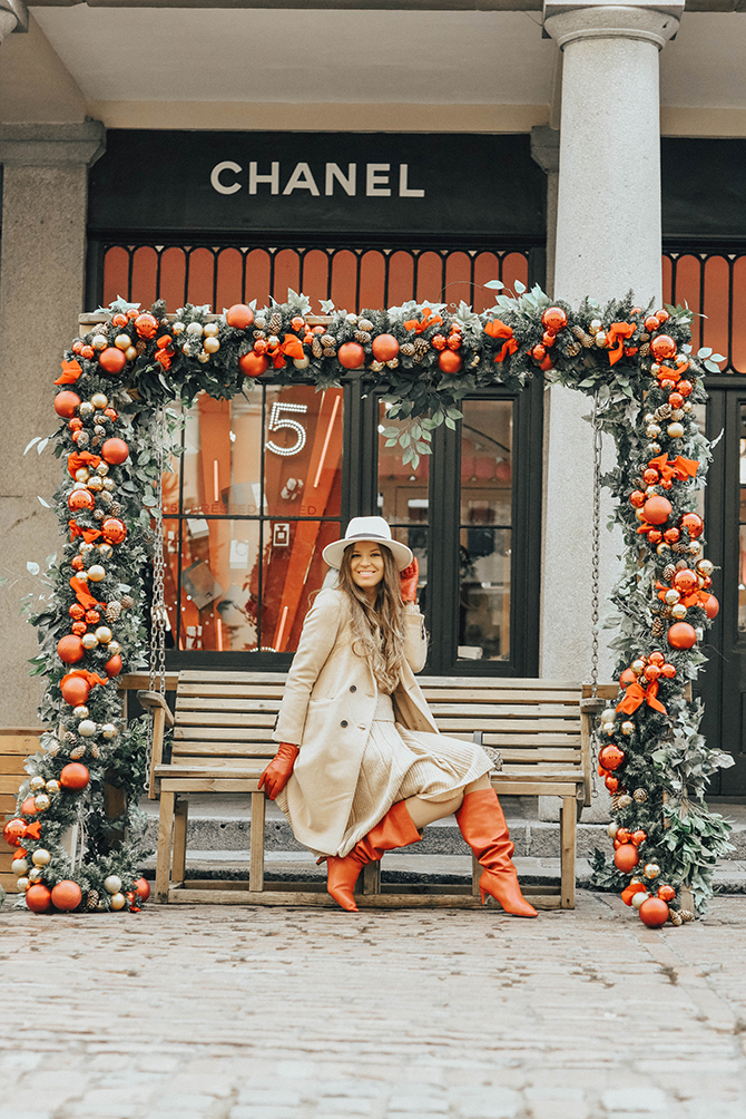 amazon-find-red-slouch-boot-stradivarius-camel-coat-winter-outfit-covent-garden-christmas-fashion-blogger-london-3