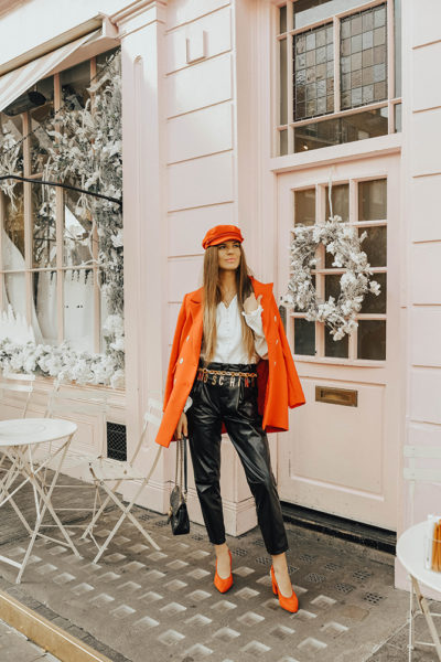 moshinoxhm-gold-belt-leather-trousers-fashion-blogger-london
