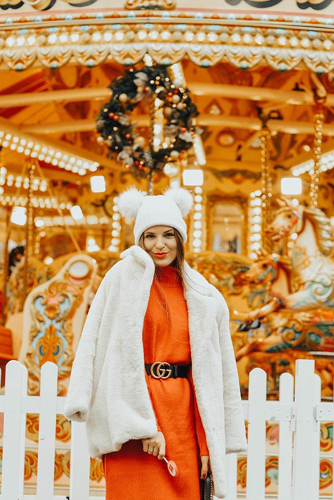 white-faux-fur-coat-double-pompom-hat-3