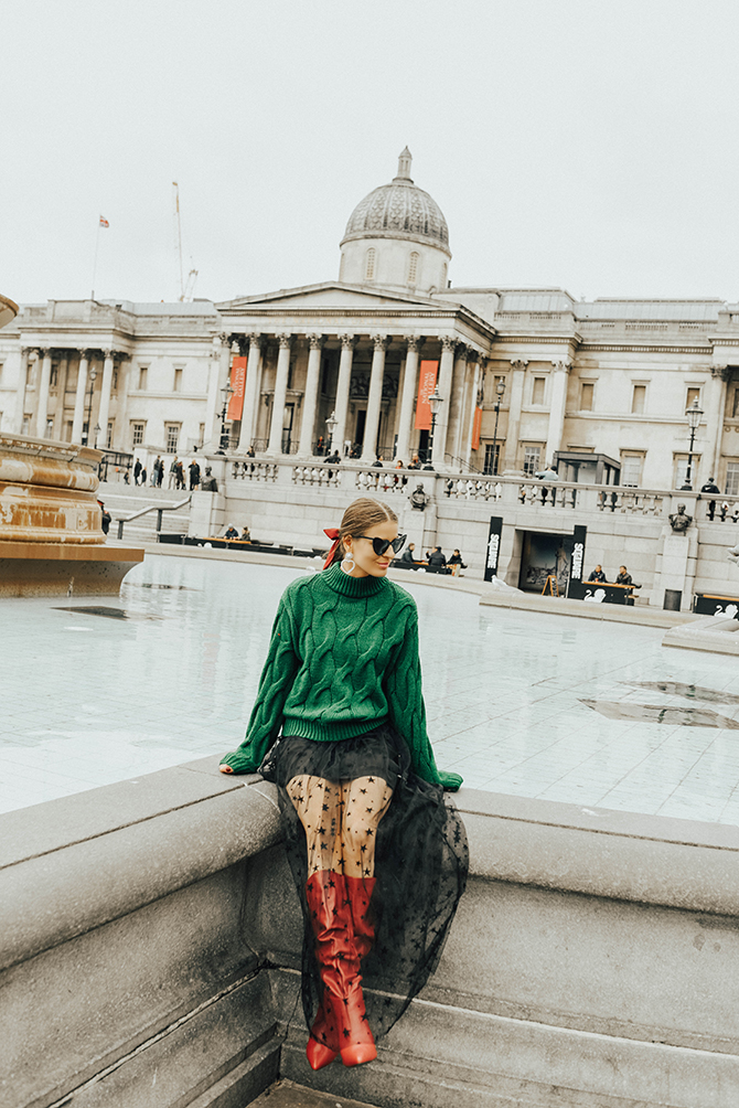 Star-Maxi-Skirt-red-slouchy-boots-fashion-blogger-london-5