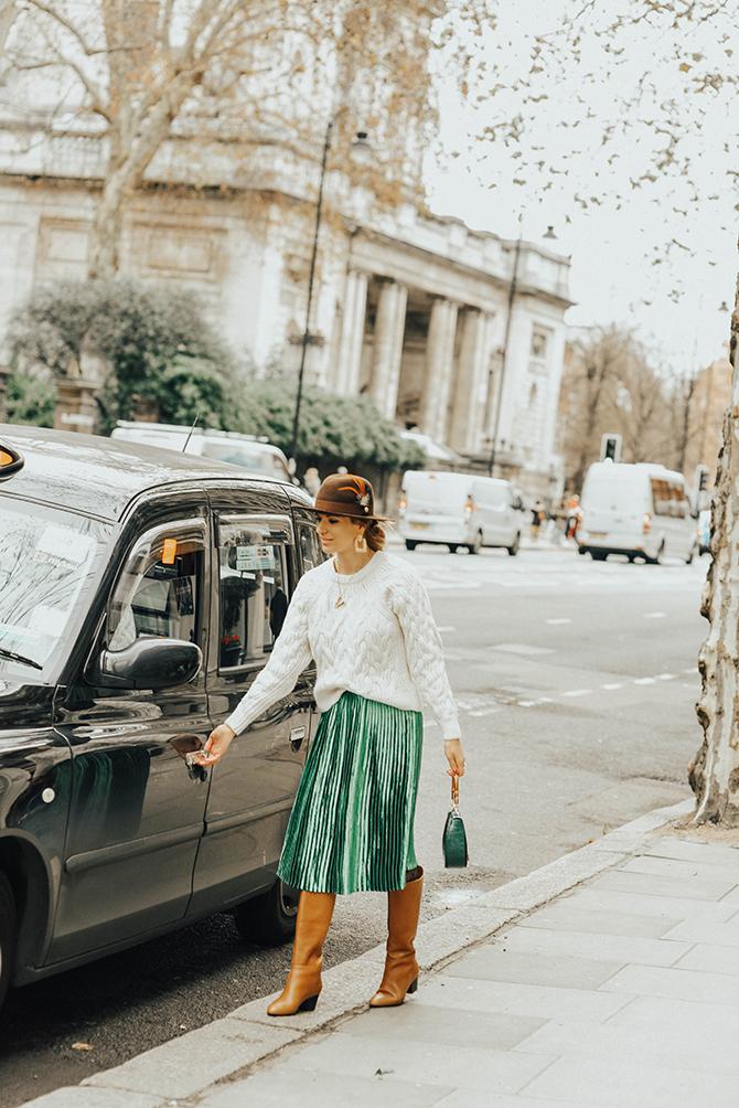 how-to-wear-emerald-green-skirt-fashion-blogger-london-2