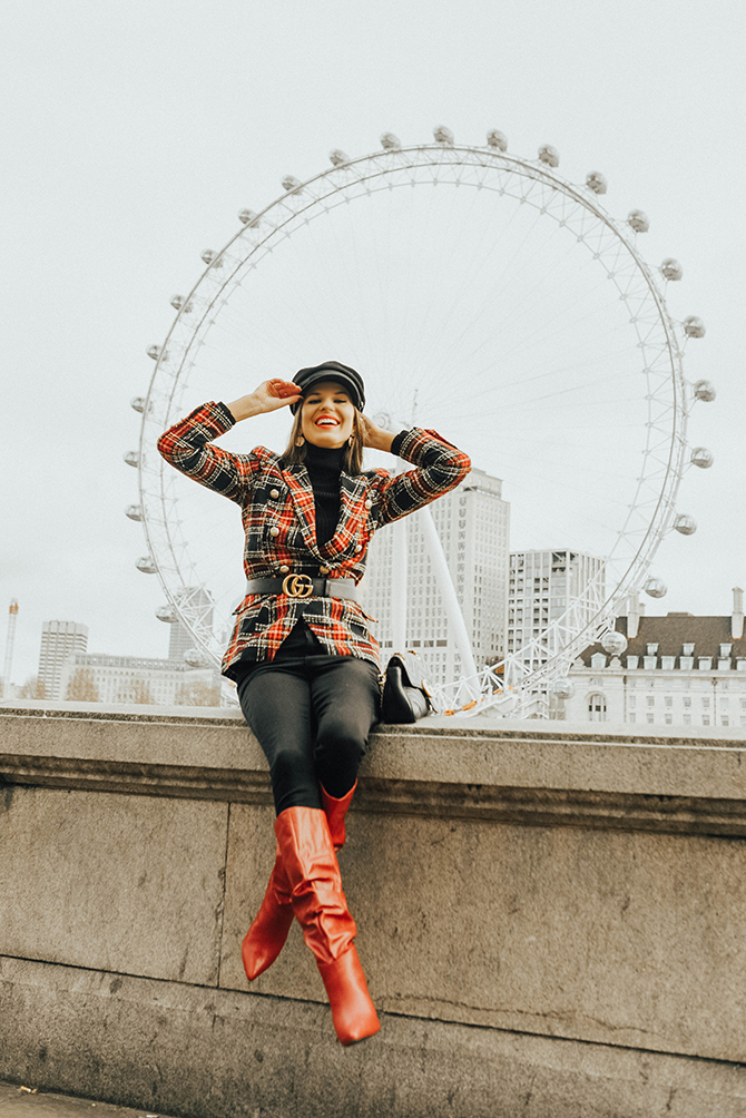 how-to-wear-tartan-blazer-gucci-handbag-good-american-jeans-baker-hat-fashion-blogger-london-5
