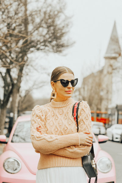 Zimmermann-Sweater-Dupe-river-island-bobble-jumper-marc-jacobs-snapshot-bag-loulou-sunglasses-fashion-blogger-london-4