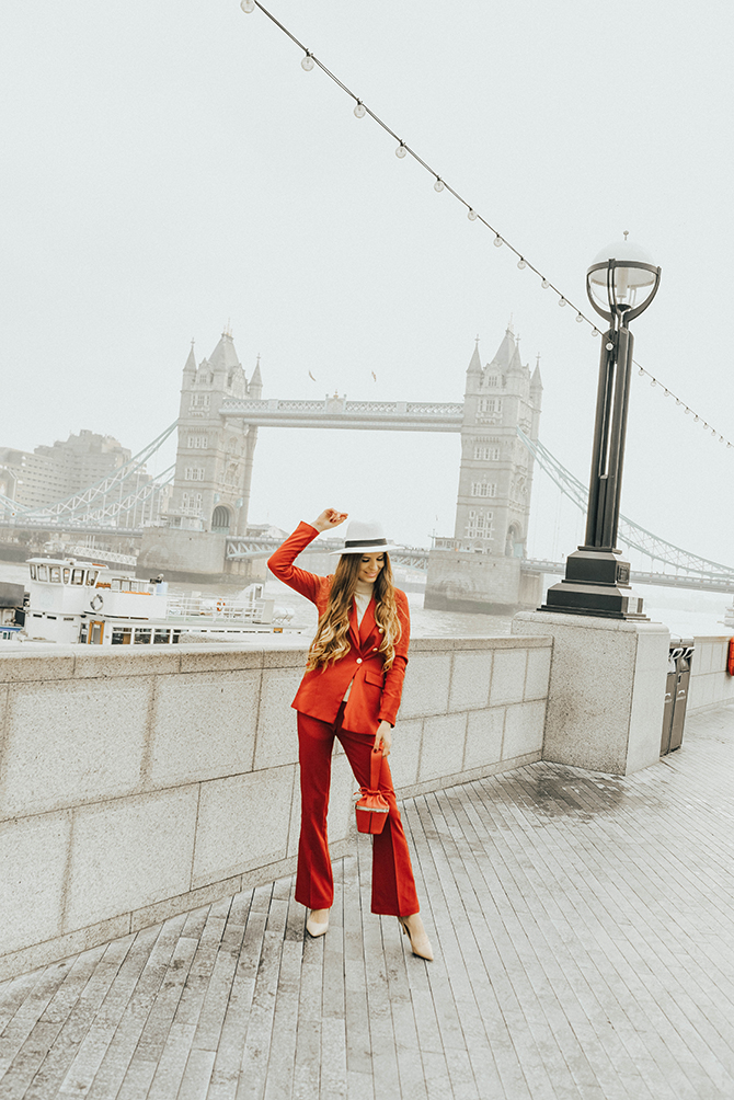 red-power-suit-women-fashion-blogger-london