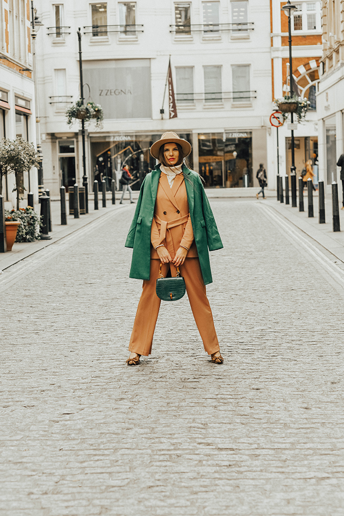 tan-suit-debenhams-fashion-blogger-london-green-coat-leopard-shoes