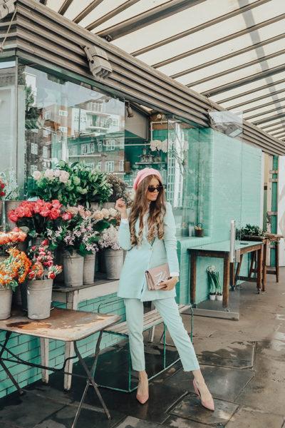 mint-green-suit-pink-beret-karl-lagerfeld-signature-bag-fashion-blogger-london-6