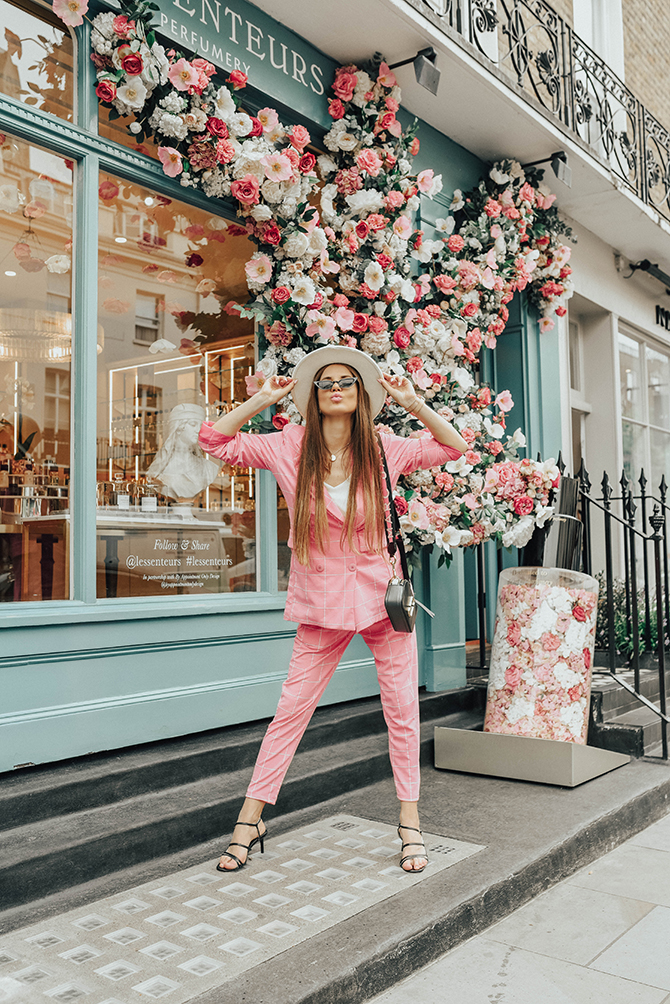 check-suit-pink-boohoo-fashion-blogger-london-fedora-hat-5