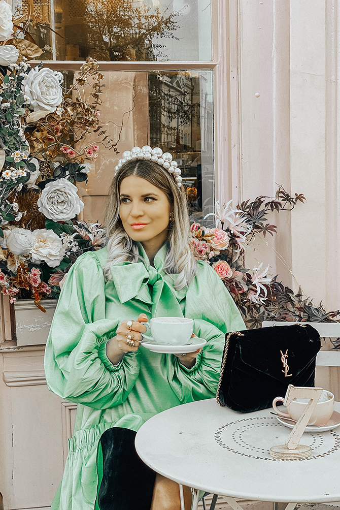 most-instagrammable-place-victoria-station-belgravia-peggy-porschen-sister-jane-dress
