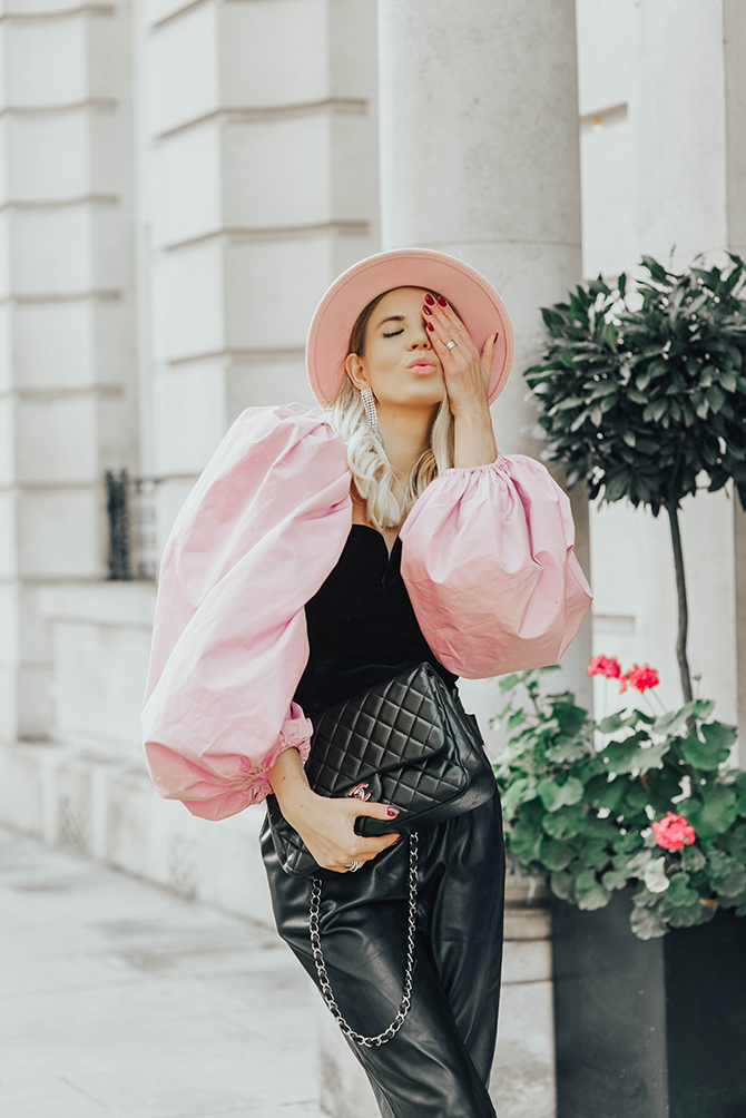 zara-velvet-puff-sleeve-top-fashion-blogger-london-chanel-classic-flap-london-cab-house-buying-first-time-ladder