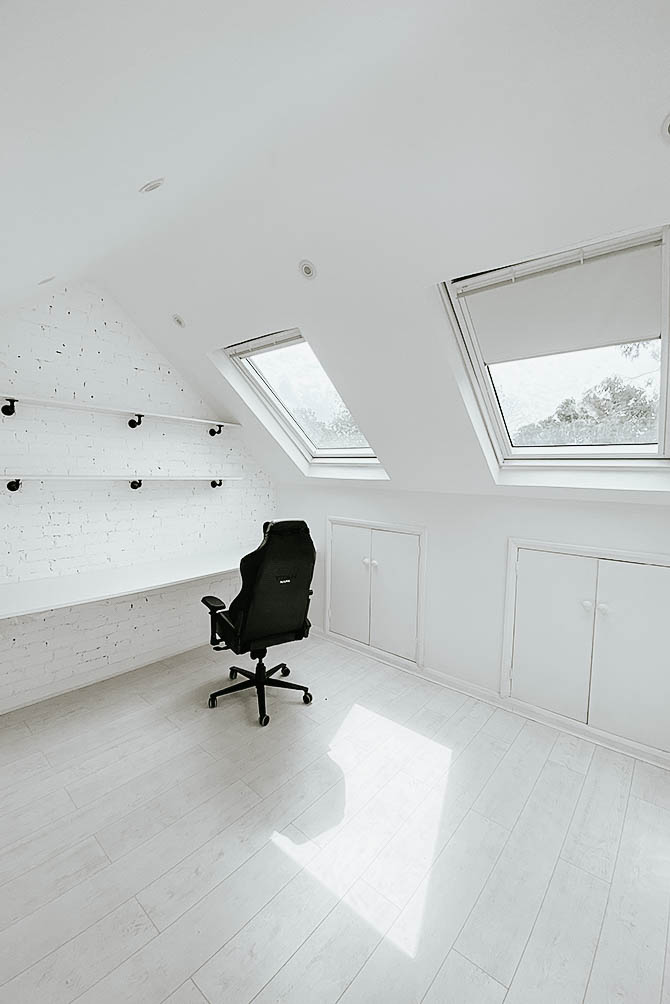loft-conversion-velux-windows-before-and-after-office-space-london-blogger-secret-lab-chair
