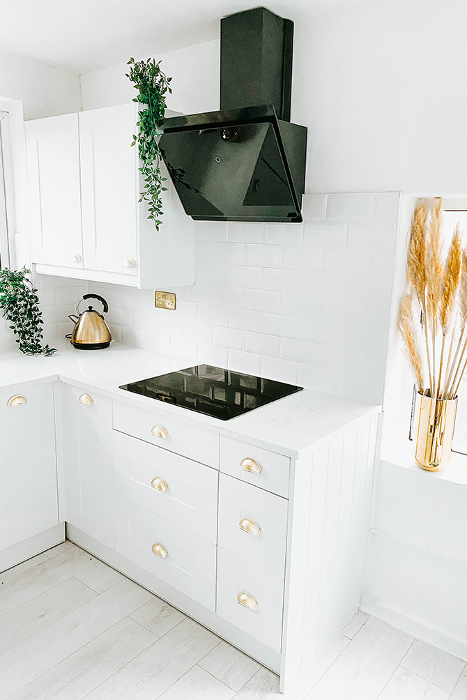 small-kitchen-renovation-before-after-white-kitchen